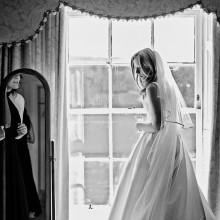 bride-in-window