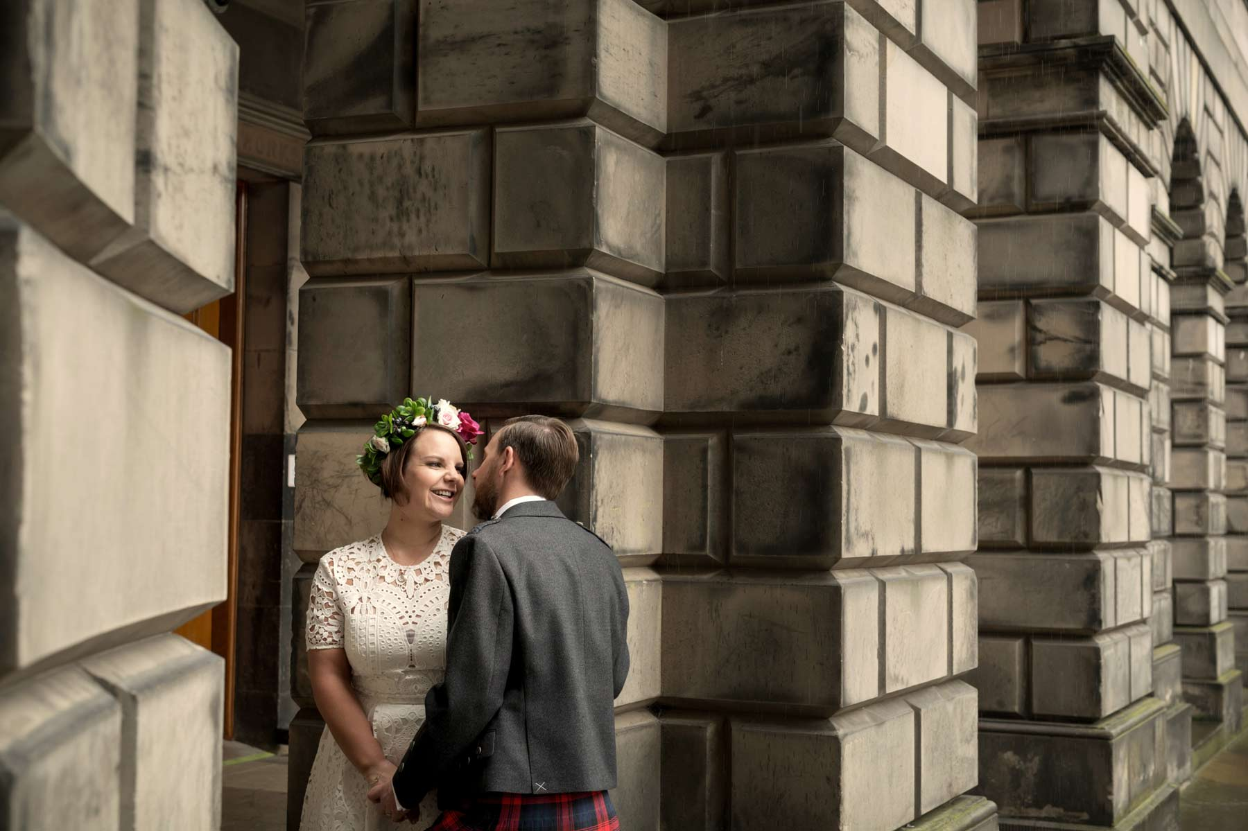 Bride, groom, wedding, portraits, photography, Edinburgh, Old Town, Scotland