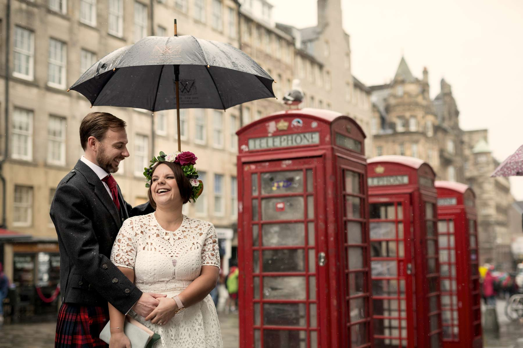 Bride, groom, wedding, portraits, photography, phone box, Edinburgh, Old Town, Scotland